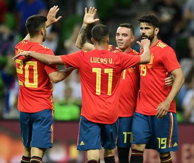 Siêu dự bị lên tiếng, Tây Ban Nha thắng nhọc trước ngày khai màn World Cup 2018 - Ảnh 9.