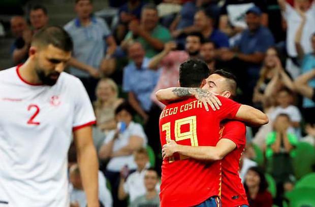 Siêu dự bị lên tiếng, Tây Ban Nha thắng nhọc trước ngày khai màn World Cup 2018 - Ảnh 8.