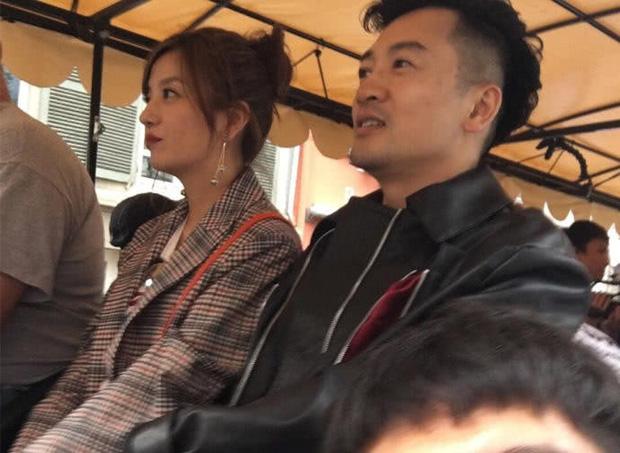 Tiểu Yến Tử Triệu Vy khiến fan nức nở với loạt ảnh thân thiết bên Ngũ A Ca Tô Hữu Bằng - Ảnh 2.