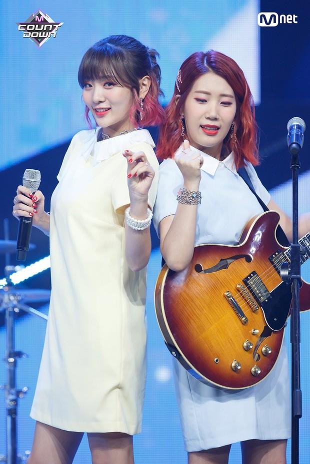 Mặc các idolgroup đổ bộ, BOL4 vươn lên đốn hạ tất cả BXH nhạc số Hàn - Ảnh 2.
