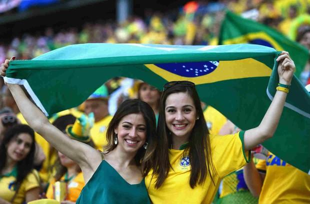 Hàn Quốc và những quốc gia có fan nữ nóng bỏng và cuồng nhiệt nhất World Cup - Ảnh 11.