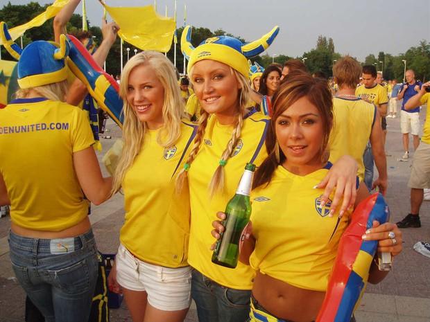 Hàn Quốc và những quốc gia có fan nữ nóng bỏng và cuồng nhiệt nhất World Cup - Ảnh 4.
