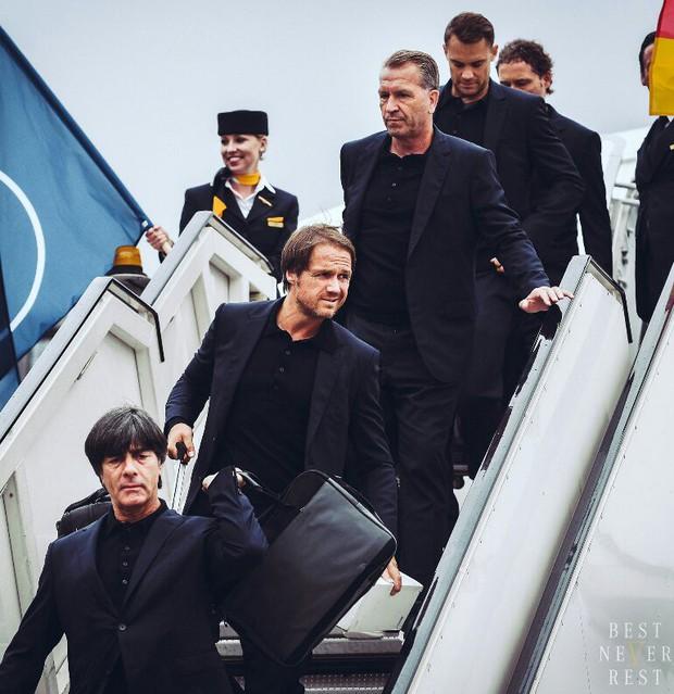 World Cup 2018: Reus, Neuer và dàn trai đẹp tuyển Đức đã đến Nga - Ảnh 4.