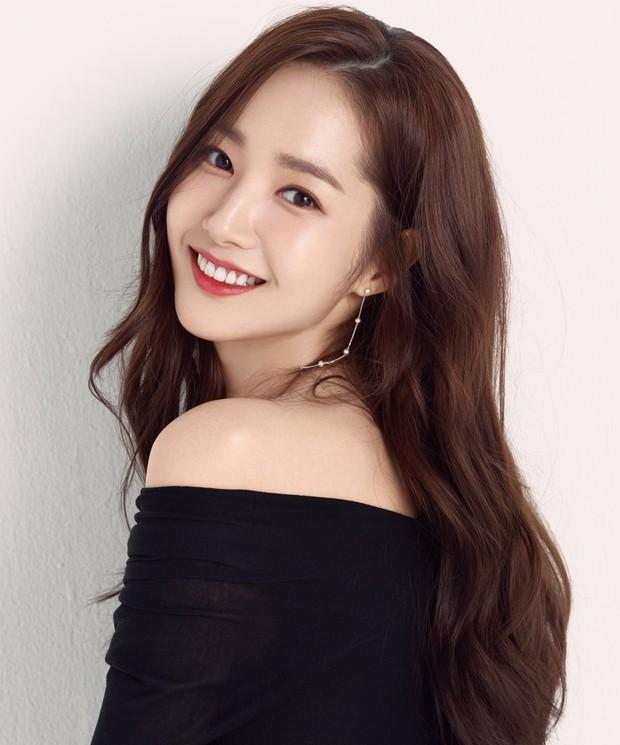 Ảnh hậu trường đẹp khó tin của đệ nhất dao kéo Park Min Young: Đẳng cấp còn hơn cả thần tiên tỉ tỉ - Ảnh 8.