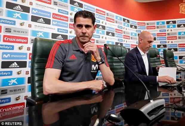 Cesc Fabregas gây sốc sau vụ HLV Julen Lopetegui bị sa thải - Ảnh 3.