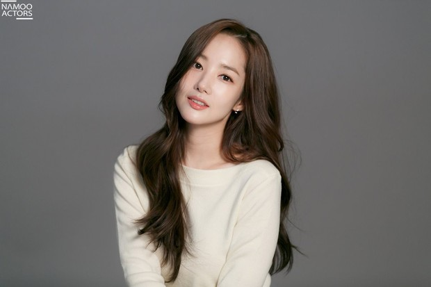 Ảnh hậu trường đẹp khó tin của đệ nhất dao kéo Park Min Young: Đẳng cấp còn hơn cả thần tiên tỉ tỉ - Ảnh 22.