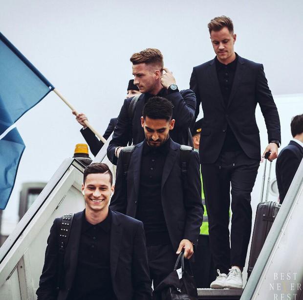World Cup 2018: Reus, Neuer và dàn trai đẹp tuyển Đức đã đến Nga - Ảnh 3.