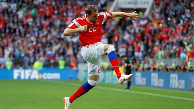 Trai đẹp Golovin tỏa sáng, giúp Nga thắng đậm trận khai màn World Cup 2018 - Ảnh 7.