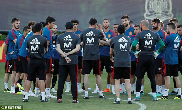 Tại World Cup 2018, Tây Ban Nha có buổi tập đầu tiên sau sa thải HLV - Ảnh 1.