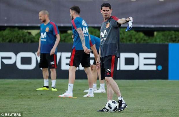 Tại World Cup 2018, Tây Ban Nha có buổi tập đầu tiên sau sa thải HLV - Ảnh 3.