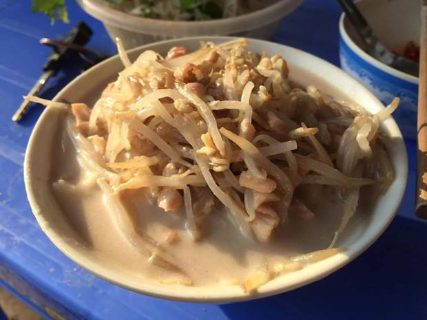 Đi tìm những hàng bánh đúc nộm ngon mát ở Hà Nội để giải nhiệt chiều hè - Ảnh 5.