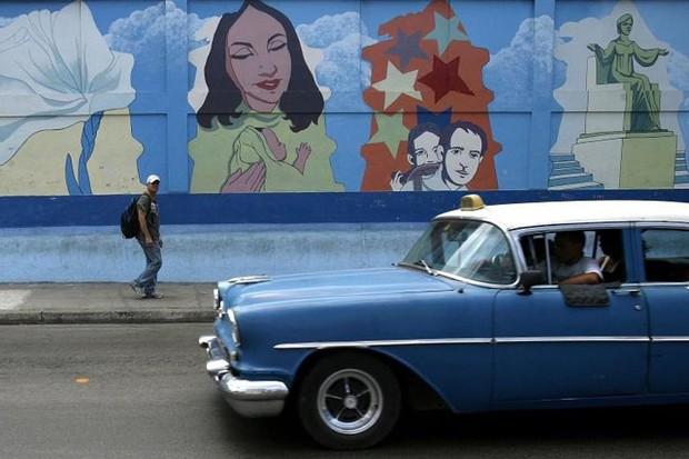 Ảnh: Vẻ đẹp hớp hồn của các xe ô tô cổ trên các góc phố nẻo đường Cuba - Ảnh 14.