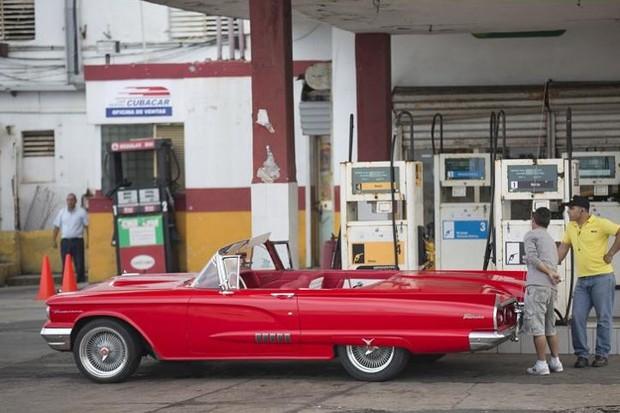 Ảnh: Vẻ đẹp hớp hồn của các xe ô tô cổ trên các góc phố nẻo đường Cuba - Ảnh 6.