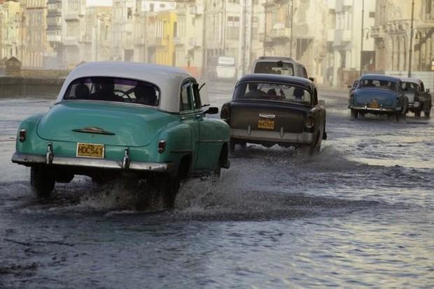 Ảnh: Vẻ đẹp hớp hồn của các xe ô tô cổ trên các góc phố nẻo đường Cuba - Ảnh 8.