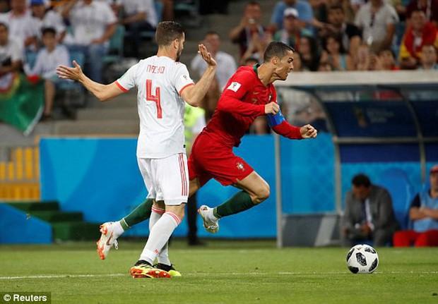 Bồ Đào Nha 3-3 Tây Ban Nha: Cả thế giới ngả mũ thán phục Ronaldo - Ảnh 3.