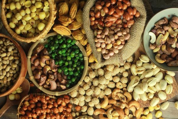 Con gái da dầu nên chăm kết thân với những loại thực phẩm nào để giảm tiết bã nhờn? - Ảnh 2.