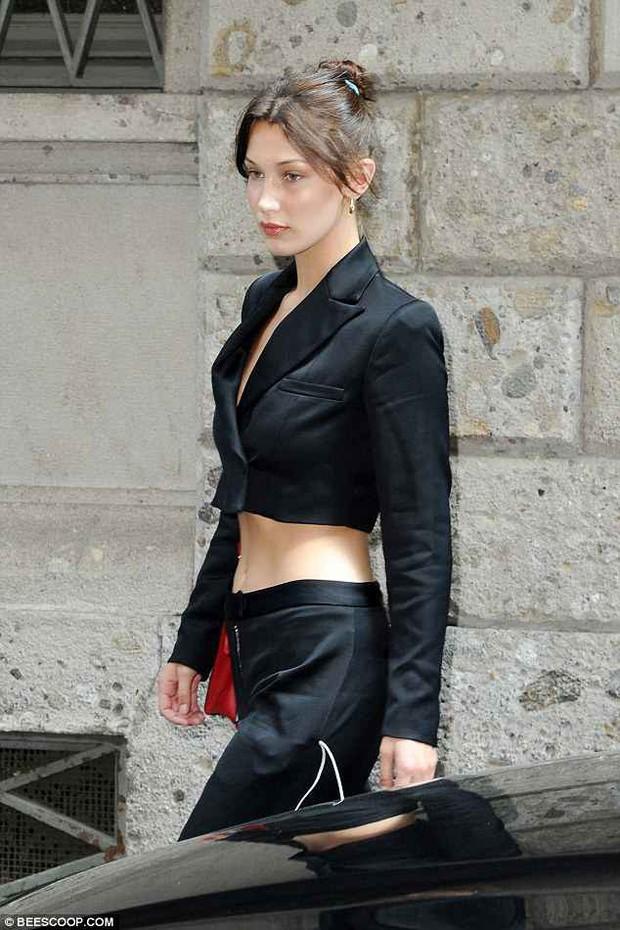 Thiếu photoshop, vòng eo và đôi chân của Kendall - Bella có còn đẹp xuất sắc như ảnh tạp chí? - Ảnh 2.