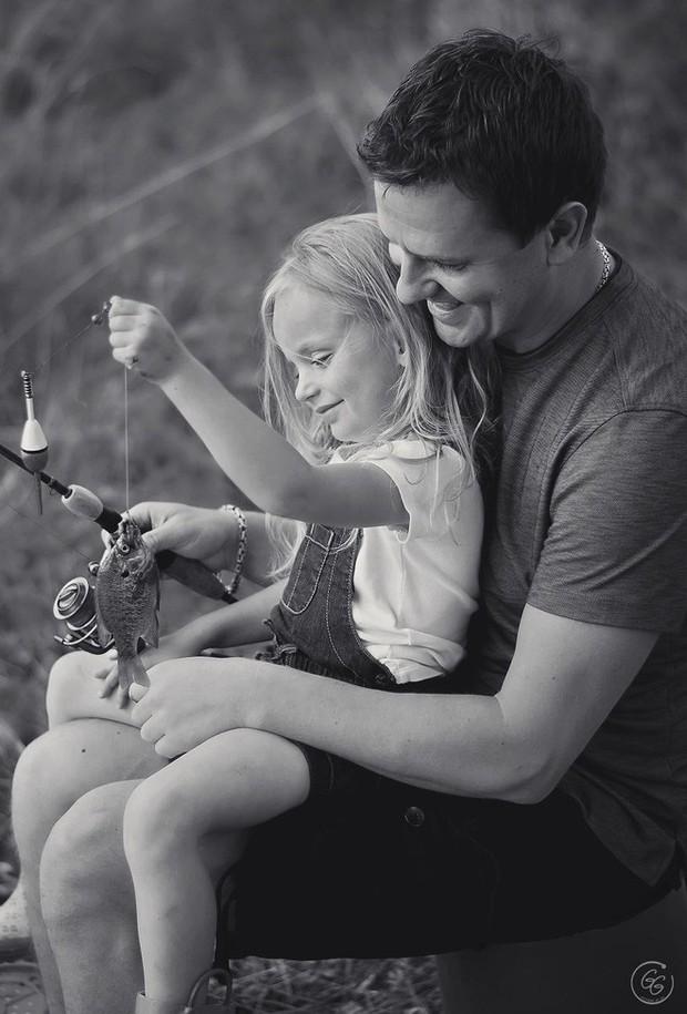 Chùm ảnh: Khi các ông bố yêu con, thì tình yêu ấy sẽ có hình dáng như thế này - Ảnh 21.