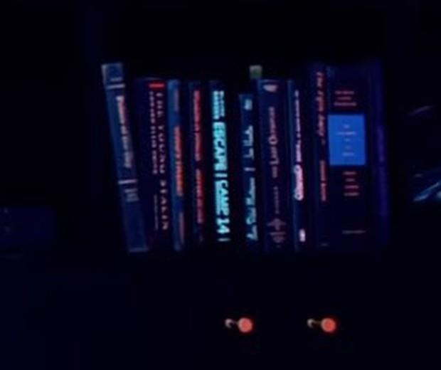 Nguy hiểm không kém Taylor Swift, Black Pink cũng để lại 17 thông điệp ẩn đầy tính khiêu chiến trong MV mới - Ảnh 8.