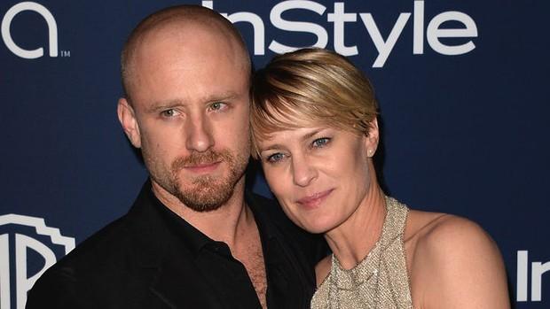 Các cặp đôi phi công lái máy bay ở Hollywood: Người cách nhau chục tuổi, kẻ lớn hơn cả mẹ của bạn trai - Ảnh 3.