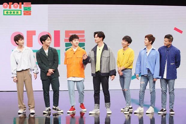Không hổ danh nhóm nhạc bựa nhất Kpop, BtoB thi xem ai làm mặt giống... cún nhất - Ảnh 1.