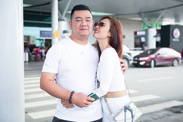 Học trò Đàm Vĩnh Hưng bất ngờ kết hôn với quản lý sau 3 năm công khai hẹn hò - Ảnh 4.