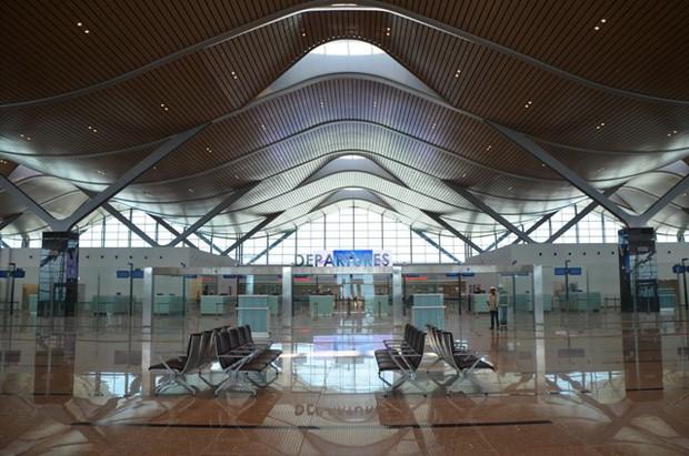 Cận cảnh Nhà ga quốc tế Cam Ranh thông minh và hiện đại nhất Việt Nam trị giá gần 4.000 tỷ đồng - Ảnh 6.
