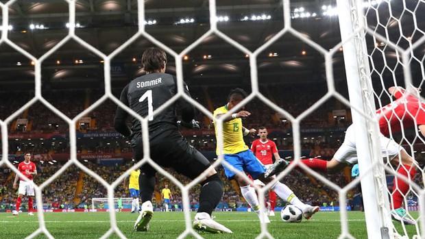 Neymar nhạt nhòa, Brazil bị Thụy Sĩ cầm chân đầy tiếc nuối - Ảnh 4.
