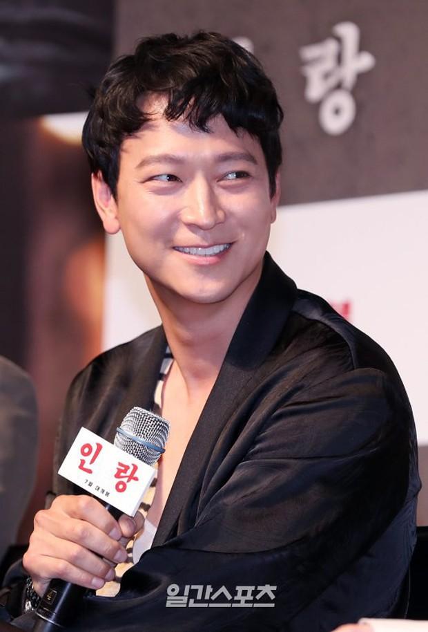 Sự kiện hội tụ dàn sao VIP cực phẩm: Minho nổi bật hơn hẳn 2 thánh sống xứ Hàn, Han Hyo Joo mắt sưng vù kém sắc - Ảnh 10.