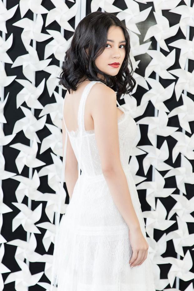 Thí sinh Sing My Song làm mới sáng tác riêng cho show thời trang của NTK Chung Thanh Phong - Ảnh 5.