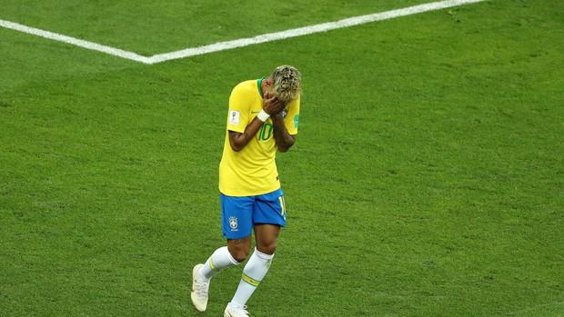 Chơi nhạt nhòa, Neymar bị chế nhạo vì mái tóc quá điệu đà - Ảnh 4.