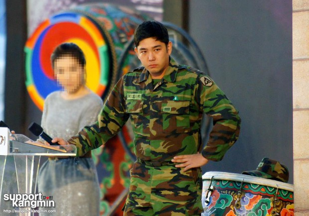 Dàn mỹ nam xứ Hàn khi vào quân ngũ: Người đẹp xuất sắc như đóng phim, kẻ xập xệ đến mức khó nhận ra - Ảnh 27.