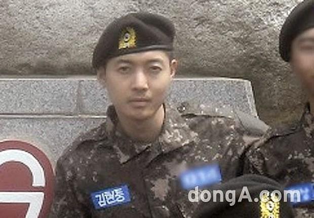 Dàn mỹ nam xứ Hàn khi vào quân ngũ: Người đẹp xuất sắc như đóng phim, kẻ xập xệ đến mức khó nhận ra - Ảnh 23.