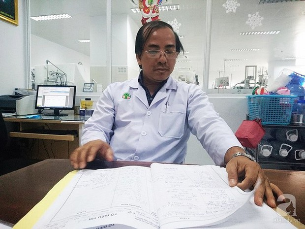 Tây Ninh: Cha hái nấm rừng về nấu cơm tối khiến cả gia đình ngộ độc, con trai 4 tuổi chết thảm  - Ảnh 2.