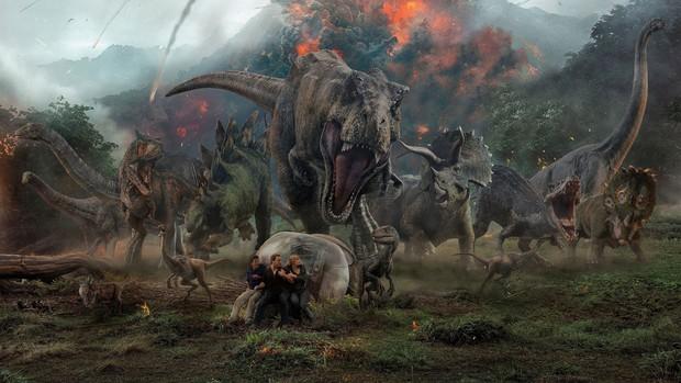 Clip độc quyền: Chris Pratt tự nhận phát ớn vì mặt thộn và thói mặc quần bó của chàng HLV khủng long - Ảnh 1.