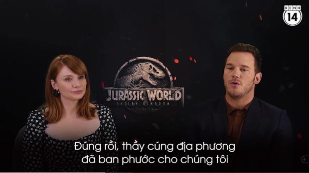 Clip độc quyền: Chris Pratt tự nhận phát ớn vì mặt thộn và thói mặc quần bó của chàng HLV khủng long - Ảnh 9.