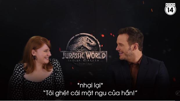 Clip độc quyền: Chris Pratt tự nhận phát ớn vì mặt thộn và thói mặc quần bó của chàng HLV khủng long - Ảnh 6.