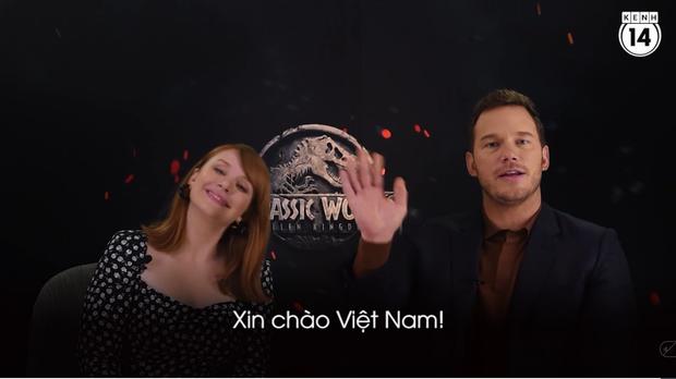 Clip độc quyền: Chris Pratt tự nhận phát ớn vì mặt thộn và thói mặc quần bó của chàng HLV khủng long - Ảnh 12.