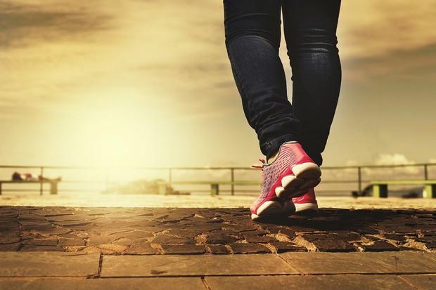 Muốn sống lâu hơn không? Hãy đi bộ nhanh, thật nhanh vào ngay từ lúc này - Ảnh 2.