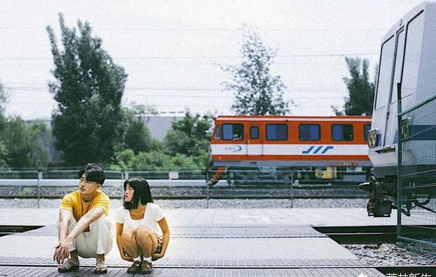 Mẫu đẹp, tình thơ: bộ ảnh này đang khiến hội FA sốt hết cả ruột vì quá xinh xắn và lãng mạn - Ảnh 6.