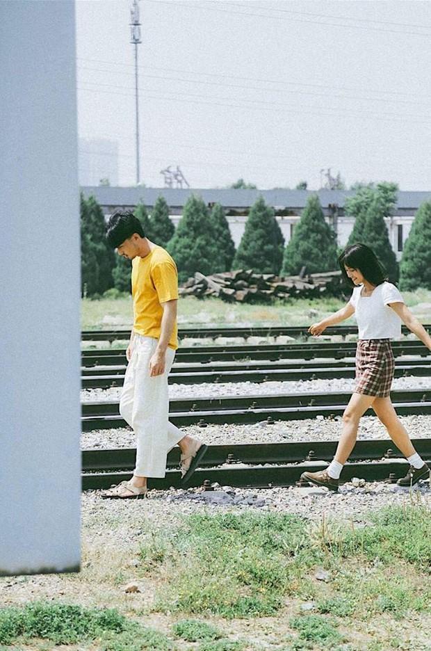 Mẫu đẹp, tình thơ: bộ ảnh này đang khiến hội FA sốt hết cả ruột vì quá xinh xắn và lãng mạn - Ảnh 1.