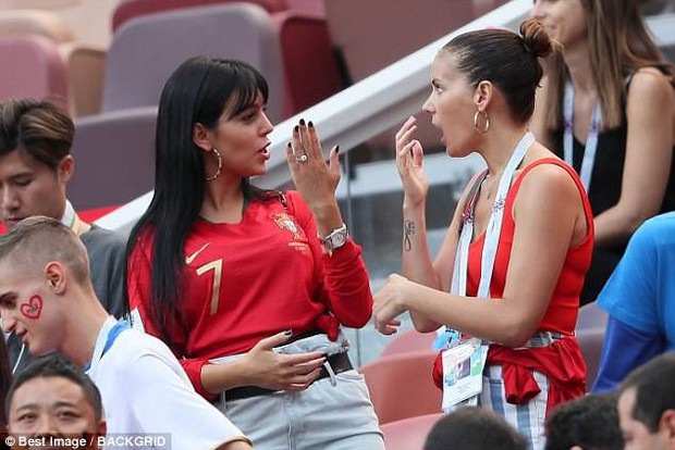 Georgina đẹp hút mắt trên khán đài, tiếp lửa cho Cristiano Ronaldo - Ảnh 2.