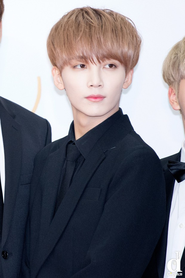 Top thần tượng Kpop sở hữu làn da đúng chuẩn đậu phụ theo Dispatch: Idol nam không kém cạnh idol nữ - Ảnh 1.