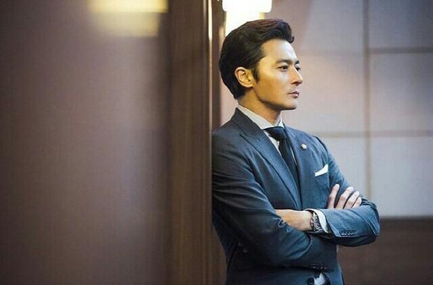 Ngắm dàn nam chính đang hot nhất màn ảnh Hàn mặc vest mới thấy thực sự là cực phẩm - Ảnh 2.