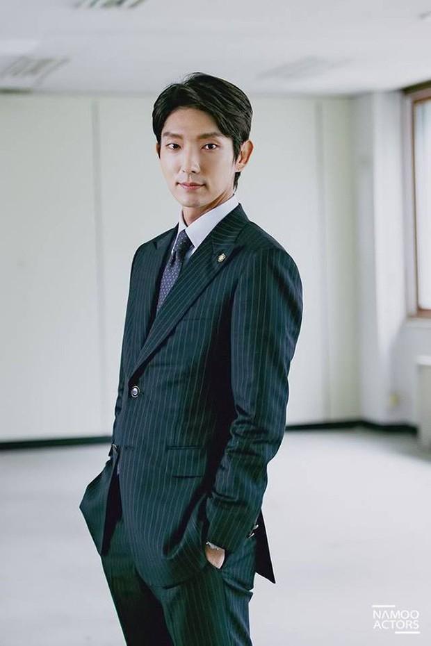 Ngắm dàn nam chính đang hot nhất màn ảnh Hàn mặc vest mới thấy thực sự là cực phẩm - Ảnh 13.