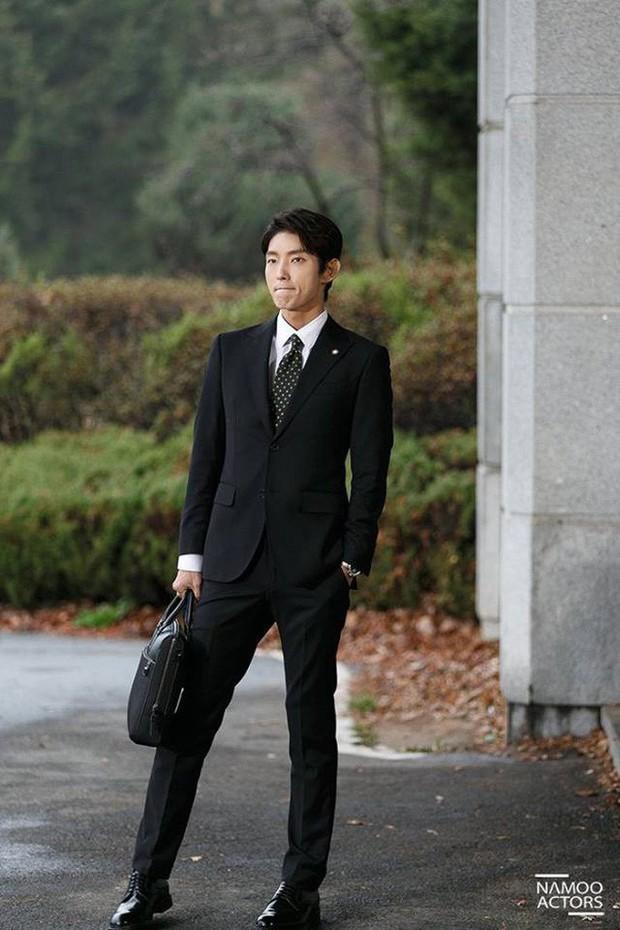 Ngắm dàn nam chính đang hot nhất màn ảnh Hàn mặc vest mới thấy thực sự là cực phẩm - Ảnh 15.
