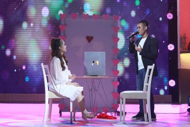 Khúc hát se duyên: Chàng trai rơi nước mắt khi thấy bạn gái cũ tìm được tình yêu mới trên sân khấu - Ảnh 9.