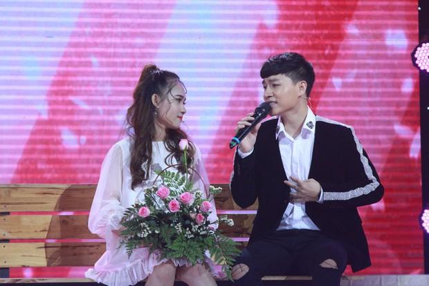 Khúc hát se duyên: Chàng trai rơi nước mắt khi thấy bạn gái cũ tìm được tình yêu mới trên sân khấu - Ảnh 5.