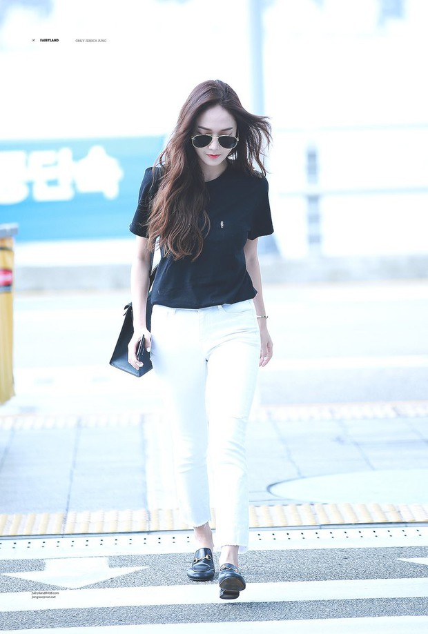 Không cần váy vóc lồng lộn, Jessica Jung tỏa khí chất sang chảnh nhất là khi diện đồ đơn giản thế này - Ảnh 2.