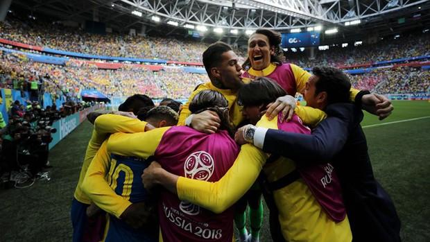 Coutinho nổ súng phút bù giờ, Brazil vỡ oà như từ cõi chết trở về - Ảnh 4.